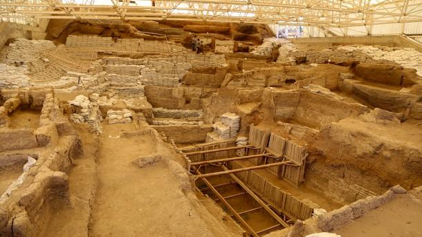 Turizmi në Turqi – Siti Neolitik i Çatalhojukut (Çatalhoyuk) | TRT  Shqip