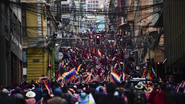 """Unión Europea sobre Bolivia: """"cada muerte dificulta la pacificación"""" - TRT Español"""