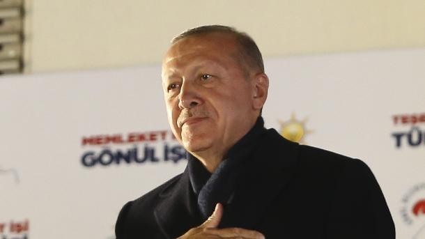 Telefonata urimi Presidentit Erdogan për fitoren e partisë së tij | TRT  Shqip