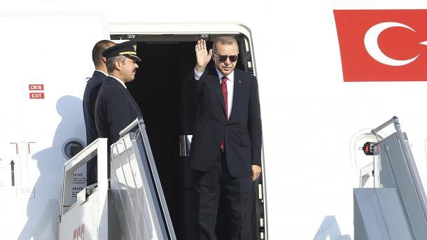 Presidenti Erdogan udhëton drejt Iranit për samitin trepalësh për Sirinë   TRT  Shqip