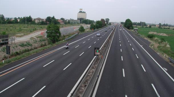 Koment - Gjendja e përgjithshme e infrastrukturës së transportit në vendet e Ballkanit | TRT  Shqip
