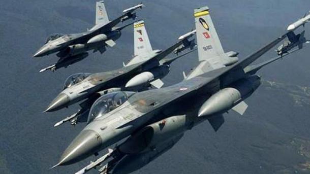 Pas bombardimeve të FAT, Ushtria e Lirë Siriane filloi një operacion të gjerë tokësor | TRT  Shqip