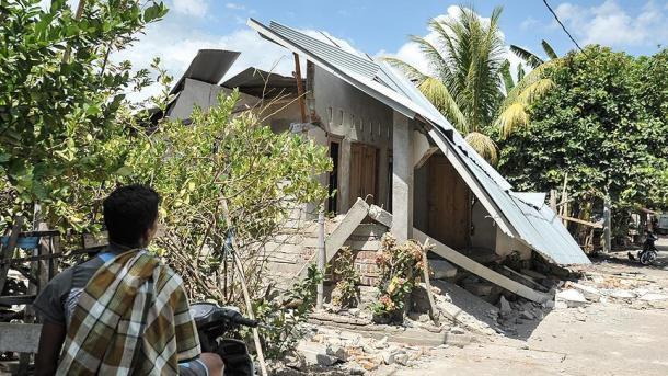Indonezi – Tërmetet në Lombok morën 483 jetë | TRT  Shqip