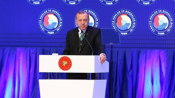 Reeligen a Erdogan como jefe de partido gobernante de Turquía