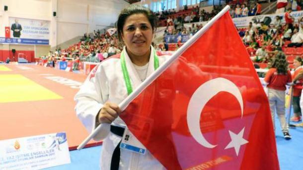 【2017サムスン・デフリンピック】 レスリングで金3個、柔道では今大会トルコ初の女性メダリスト誕生 | TRT  日本語
