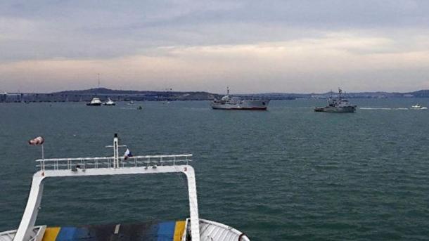 Scènes de guerre en mer entre la Russie et l'Ukraine