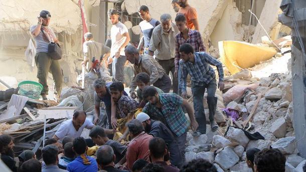 АвиацияРФ возобновила мощные бомбардировки восточного Алеппо