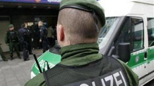 Polizei fasst mutmaßlichen Erpresser - Gift-Gefahr besteht noch