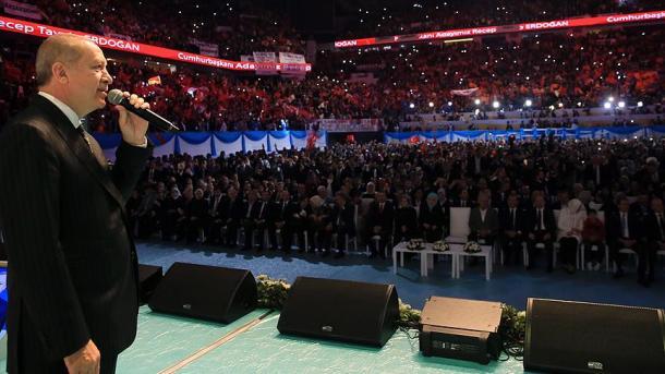 La France a massacré des millions de musulmans — Erdogan