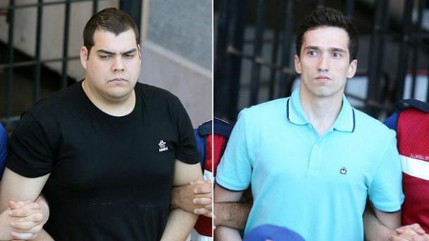 Ελεύθεροι οι δυο Έλληνες στρατιωτικοί | TRT  Ελληνικά