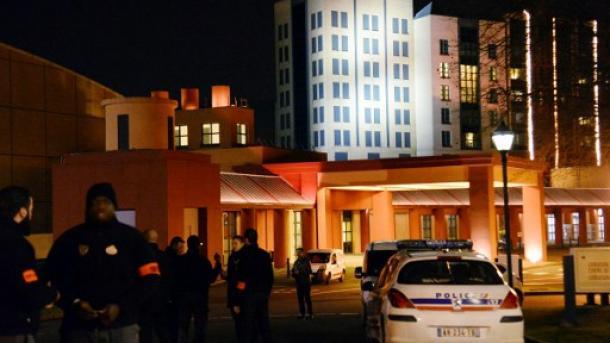 Questions autour de l'arrestation du d'un suspect — Disneyland Paris