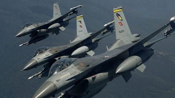 Bombardeo turco en siria mata a 18 miembros de las fuerzas kurdas