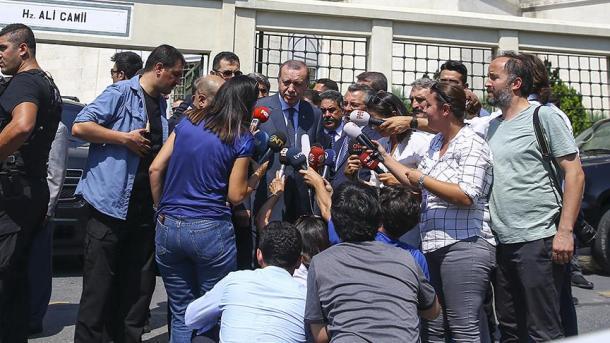 Эрдоган неисключил улучшения отношений сГерманией после выборов вбундестаг