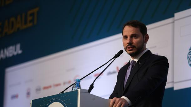 Albayrak: Ekonomia turke mund të thyejë rekordin e të gjitha kohërave | TRT  Shqip