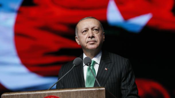 Erdogan: Mos u besoni manipuluesve, ekonomia turke po bën përpara duke u forcuar | TRT  Shqip