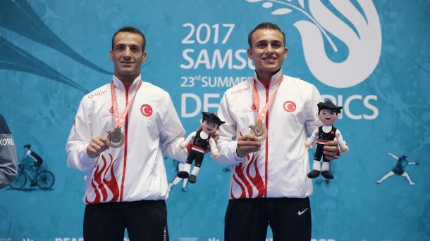 【2017サムスン・デフリンピック】 柔道形競技でトルコ初の金 | TRT  日本語