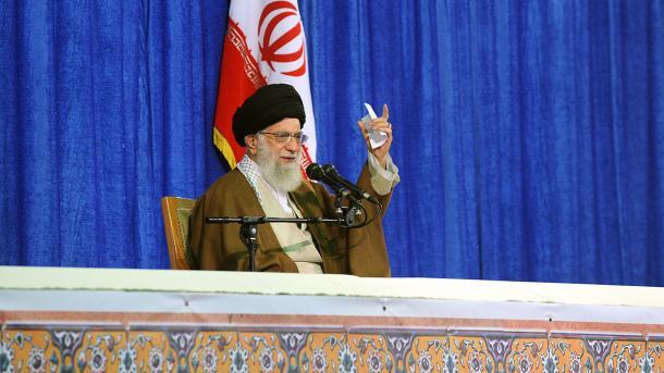 Hamanei zbulon kushtet e Iranit për vazhdimin e marrëveshjes bërthamore | TRT  Shqip