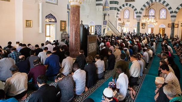 Количество мусульман вевропейских странах может вырасти вдвое совсем скоро — Исследование