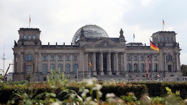 Merkel do të drejtojë sërish koalicionin qeverisës | TRT  Shqip
