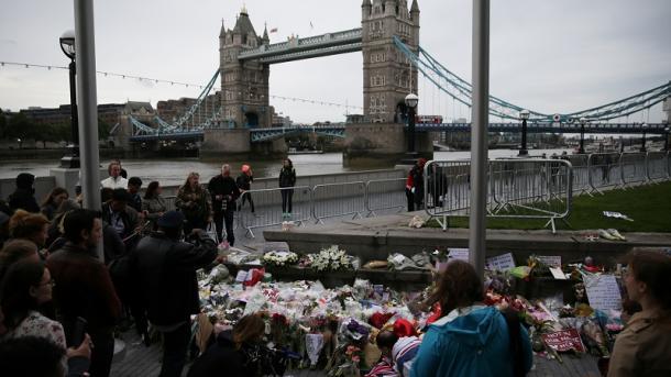 Komuniteti mysliman në Britani dënoi sulmin terrorist në Londër | TRT  Shqip