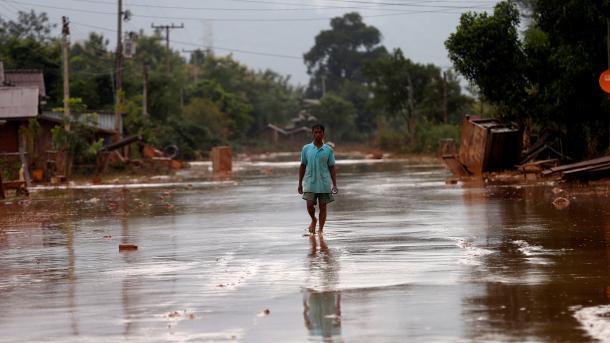 Pierden la vida al menos 46 personas en las inundaciones en Laos