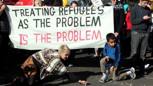 Koment – Të dëshpëruarit e rruzullit tokësor: Refugjatët | TRT  Shqip