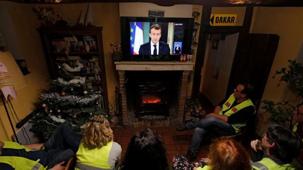 Francë - Presidenti Macron u drejtohet qytetarëve me një fjalim | TRT  Shqip
