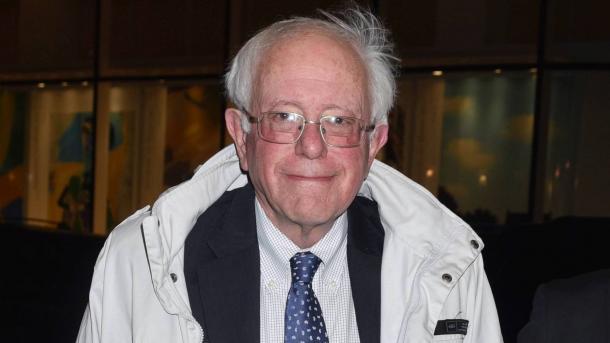 SHBA – Senatori Bernie Sanders hedh kandidaturën për presidencialet 2020 | TRT  Shqip