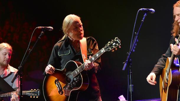 Muere Gregg Allman, pionero del rock sureño en EU