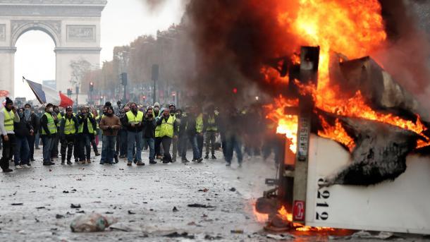 Koment – Vallë rënia e Evropës? | TRT  Shqip