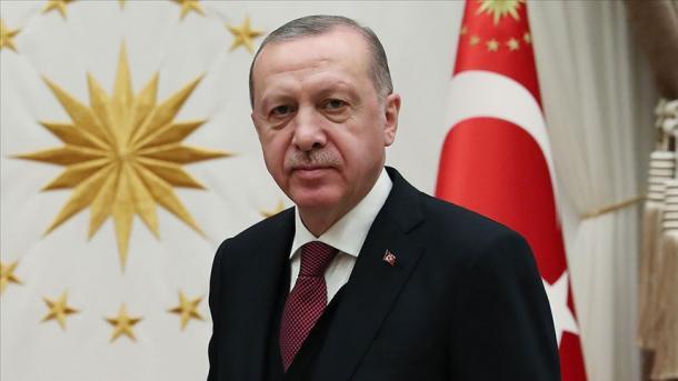 Presidenti Erdogan uron 19 Majin, Ditën Përkujtimore të Ataturkut dhe Festa e Rinisë dhe Sportit | TRT  Shqip