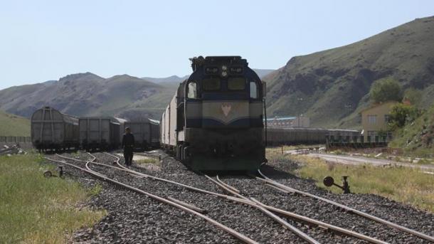 Rifillojnë udhëtimet me tren Teheran-Van | TRT  Shqip