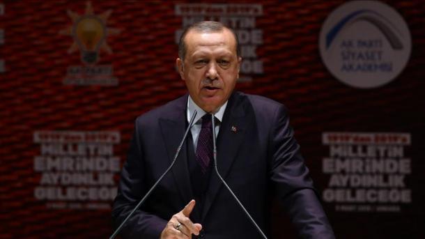 Les forces turques et leurs alliés entrent dans la ville d'Afrine