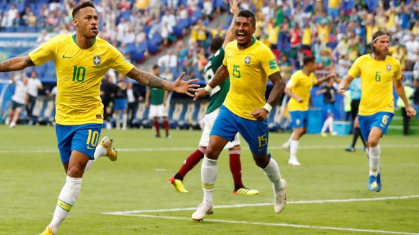 2018-07-02T161813Z_2081316799_RC16A3CAF690_RTRMADP_3_SOCCER-WORLDCUP-BRA-MEX.JPG