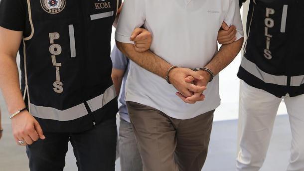 Ankara – Mbi 100 arrestime gjatë një operacioni të gjerë kundër DAESH-it | TRT  Shqip