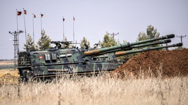 Turska vojska gađala i uništila 51 položaj terorista ISIL-a