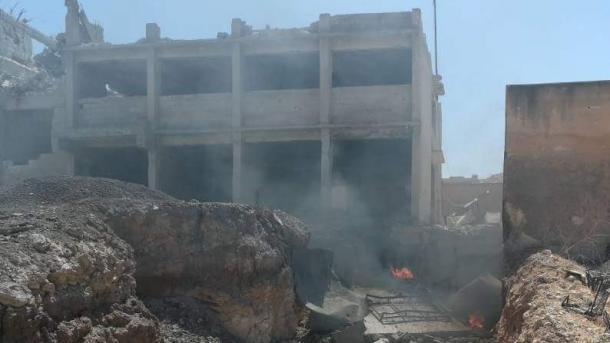 Siri – Në sulmet ajrore në Idlib vdes një civil | TRT  Shqip