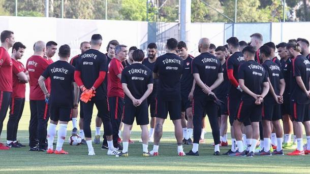 2020欧锦赛选拔赛:土耳其队将迎战法国和冰岛 | 三昻体育
