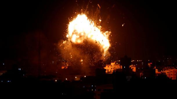 Sulmet izraelite në Rripin e Gazës – 4 palestinezë ranë dëshmor dhe 8 të tjerë mbetën të plagosur | TRT  Shqip