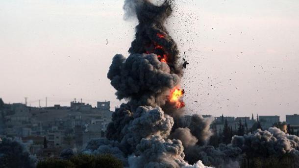 Siri – 8 civilë humbën jetën në sulmin ajror të koalicionit në Deyr'uz Zor | TRT  Shqip