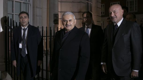 Yildirim: Vëllimi tregtar Turqi-Angli arrin në 17 miliardë dollarë   TRT  Shqip