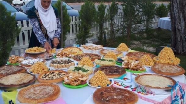Antaliyada Sabantuyı uzdı | TRT  Tatarça