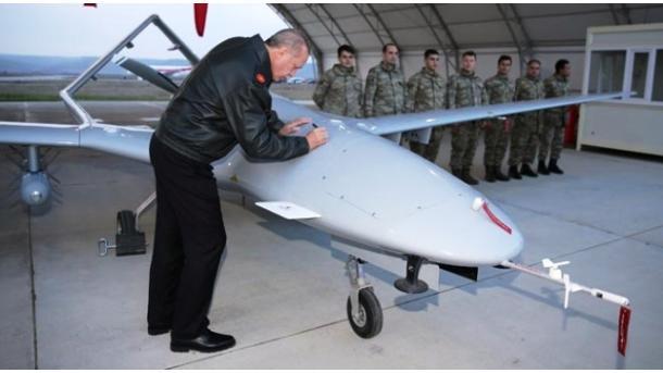 Avioni luftarak turk pa pilot, në qiell më 2023-shin | TRT  Shqip