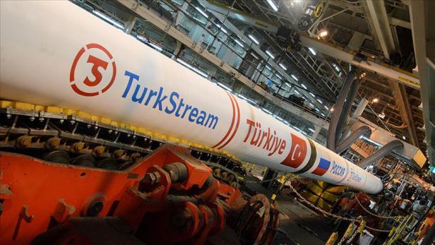 """Turqi – Përfundojnë 80% të punimeve të ndërtimit të terminalit të gazit të """"Rrjedhës Turke""""   TRT  Shqip"""