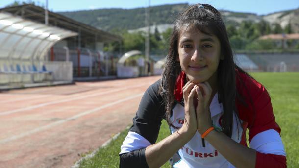 土耳其女将获世界田径锦标赛金牌 总统致电表示祝贺   三昻体育平台