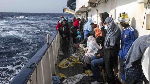 Desaparecen 245 inmigrantes tras dos naufragios en el Mediterráneo