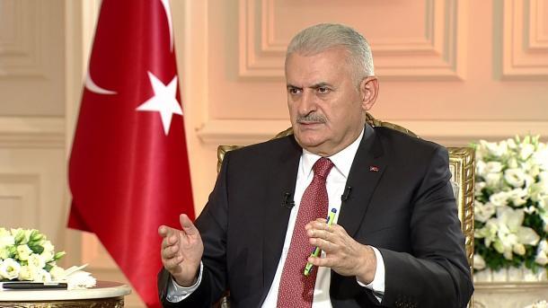 Yildirim poručio turskim guvernerima: Morate disati za vratom teroristima