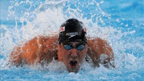 Олимпийский чемпион против белой акулы: соревнование наскорость