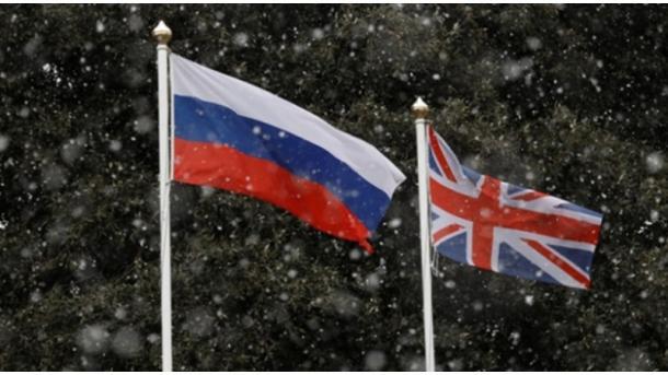 Tensioni anglosakson-Rusi dhe përpjekja ekuilibruese e Turqisë | TRT  Shqip