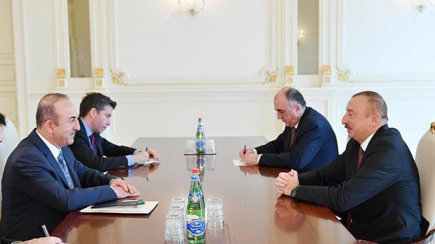 Çavusoglu në Baku: Turqia dhe Azerbajxhani mbështesin gjithmonë njëri-tjetrin | TRT  Shqip